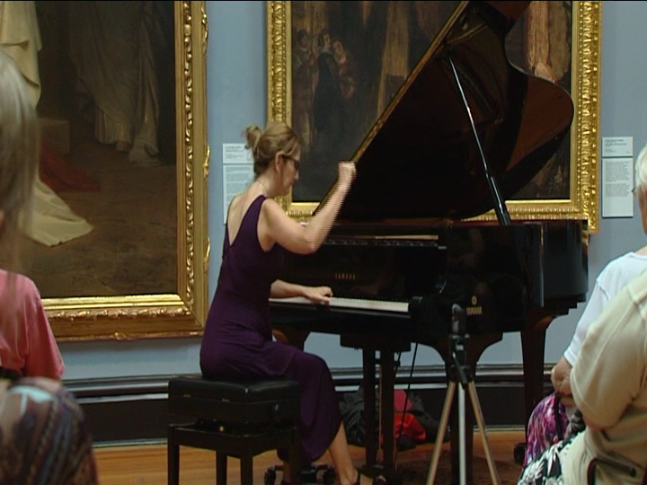 Carolyn Packer performing in the Ballarat Art Gallery for the Australian Jazz Convention 2018